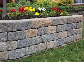 Installing a Garden Wall in 3 Easy Steps