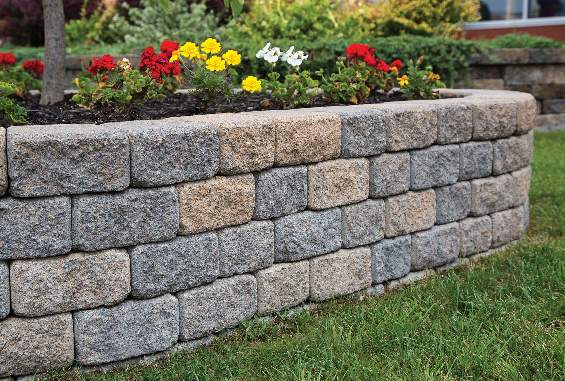 Installing a Garden Wall in 3 Easy Steps | Shaw Brick